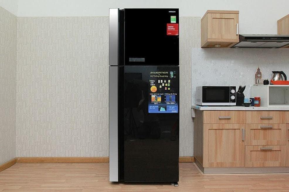 Tủ lạnh Hitachi ngăn đá trên thiết kế nhỏ gọn, phù hợp mọi không gian