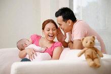 3 thói quen nên và không nên của các bậc cha mẹ khi chăm sóc con