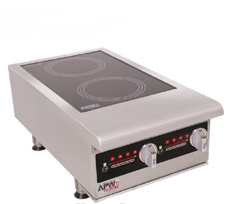 Bảng điều khiển dễ dàng sử dụng của bếp điện công nghiệp