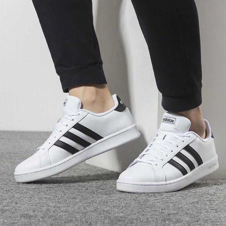 giày thể thao nam nữ chính hãng