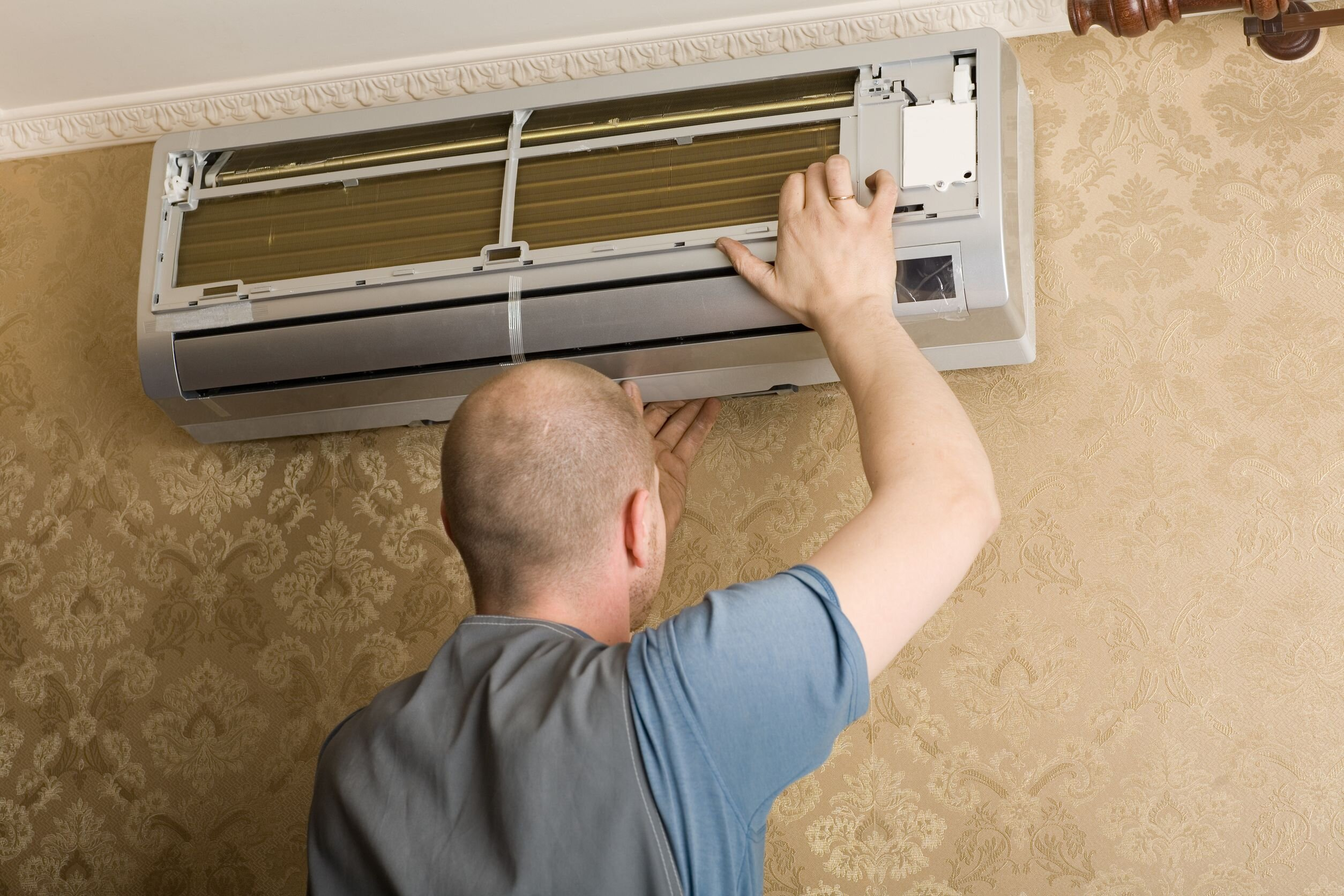 Phải làm gì khi điều hòa nhiệt độ phát ra tiếng ồn?