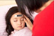 Phòng tránh 10 bệnh các bé thường hay gặp phải trong mùa thu đông