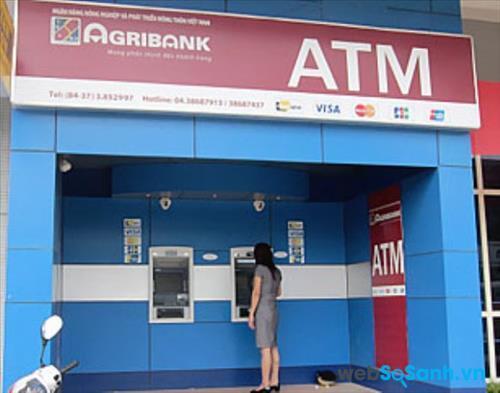 Bạn có thể đến các phòng giao dịch hoặc chi nhánh ngân hàng Agribank trên toàn quốc để làm thẻ ATM ngân hàng Agribank