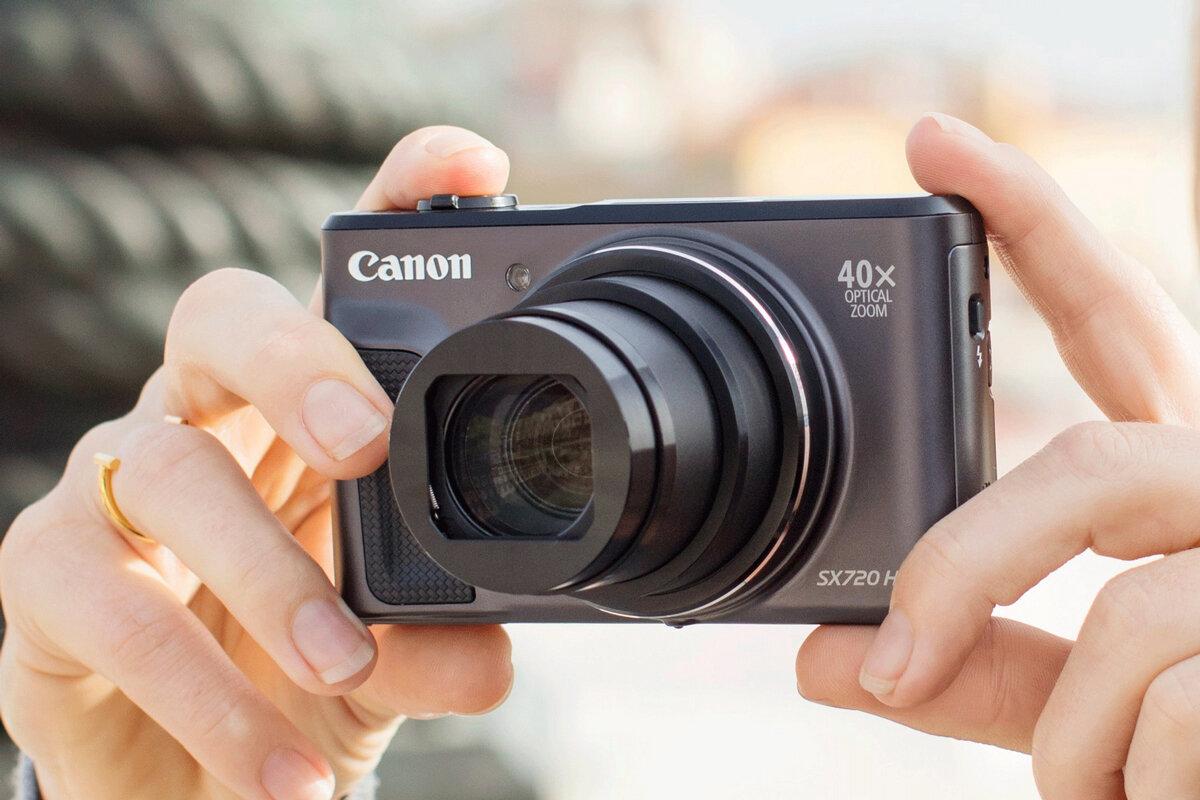 Máy ảnh chụp phong cảnh Canon SX720
