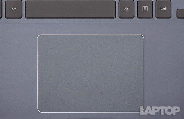 Với thân hình mỏng manh, tinh tế, màn hình tuyệt đẹp, thời lượng pin dài và chất lượng âm thanh vượt trội, ATIV Book 9 phiên bản 2014 là minh chứng cho thấy sức mạnh của Samsung không chỉ dừng trên mảnh đất smartphone và tablet.