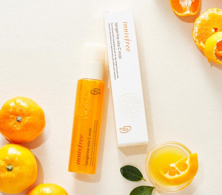 Xịt khoáng cho da khô Innisfree Tangerine Vita C Mist