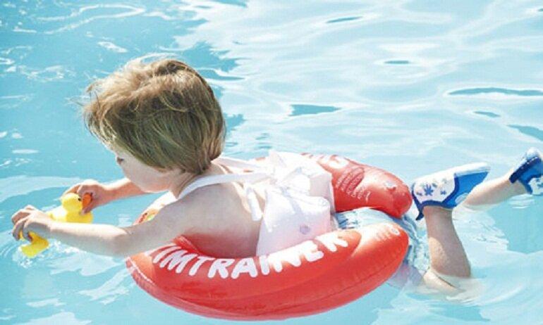 Phao bơi chống lật là loại phao bơi có thiết kế thông minh với 2 vành phao