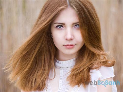 Nhuộm tóc tự nhiên màu vàng