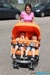 Lựa chọn xe đẩy cho những gia đình sinh đôi trở lên
