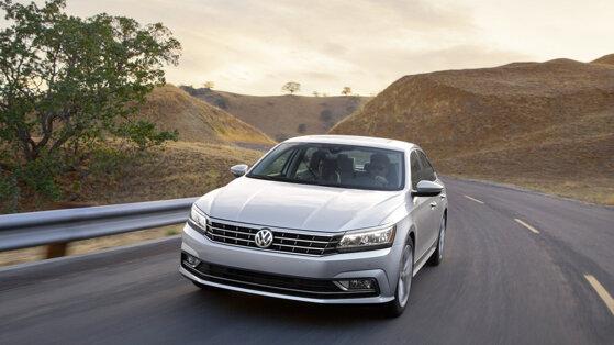Ra mắt Passat mới: Liệu Volkswagen có vượt qua vụ bê bối thế kỷ?