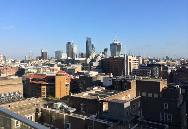 Đường chân trời London chụp từ camera sau của iPad Mini 2