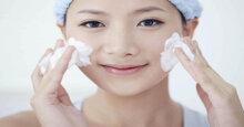 Review 3 dòng sữa rửa mặt cho da dầu mụn tốt nhất hiện nay