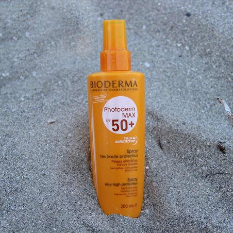 Review kem chống nắng dạng xịt BIODERMA PHOTODERM Max Spray SPF 50+