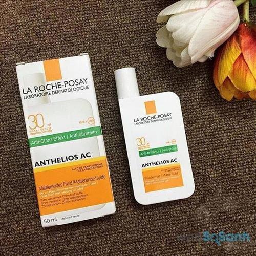 Review kem chống nắng La Roche-Posay Anthelios AC SPF 30 PPD25 Matte Fluid dành cho da dầu