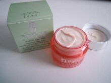 Review kem dưỡng mắt Clinique All About Eyes