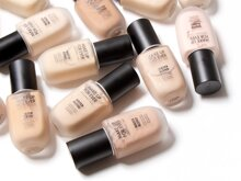 Review kem nền dạng gel Water Blend Foundation của Make up For Ever