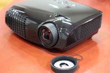 Review máy chiếu cự ly ngắn dành cho game thủ Optoma GT750