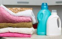 Review nước xả quần áo dùng có tốt không, nên mua loại nào thơm?