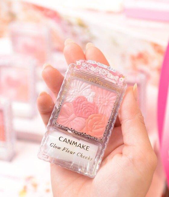 Review phấn má hồng Canmake Glow Fleur Cheeks