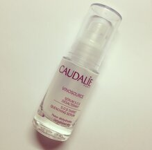 Review serum  dưỡng ẩm Caudalie Vinosource SOS Thirst Quenching