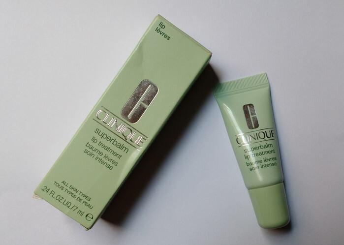 Review son dưỡng môi Clinique Superbalm Lip Treatment
