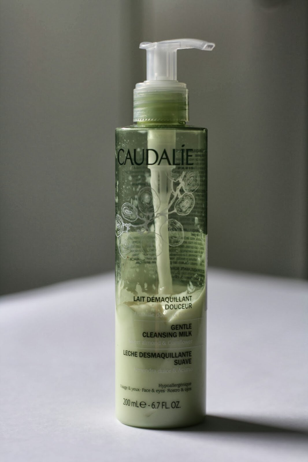 Review sữa rửa mặt Caudalie Gentle Cleasing Milk