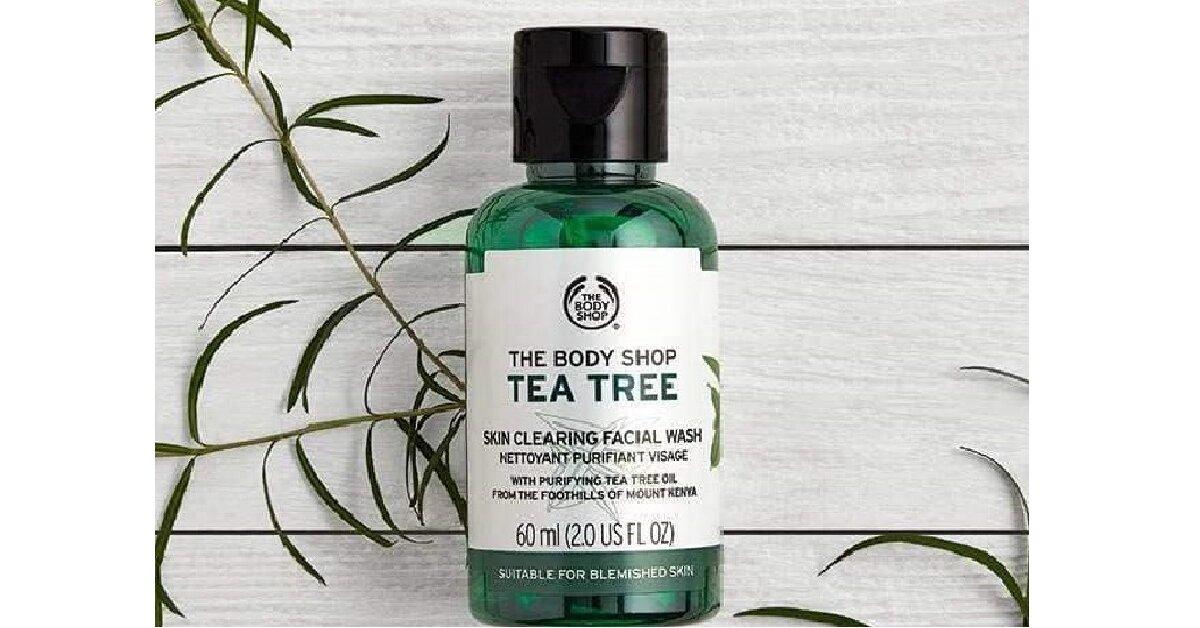 Review sữa rữa mặt cho da dầu mụnTea Tree Skin Clearing Facial Wash