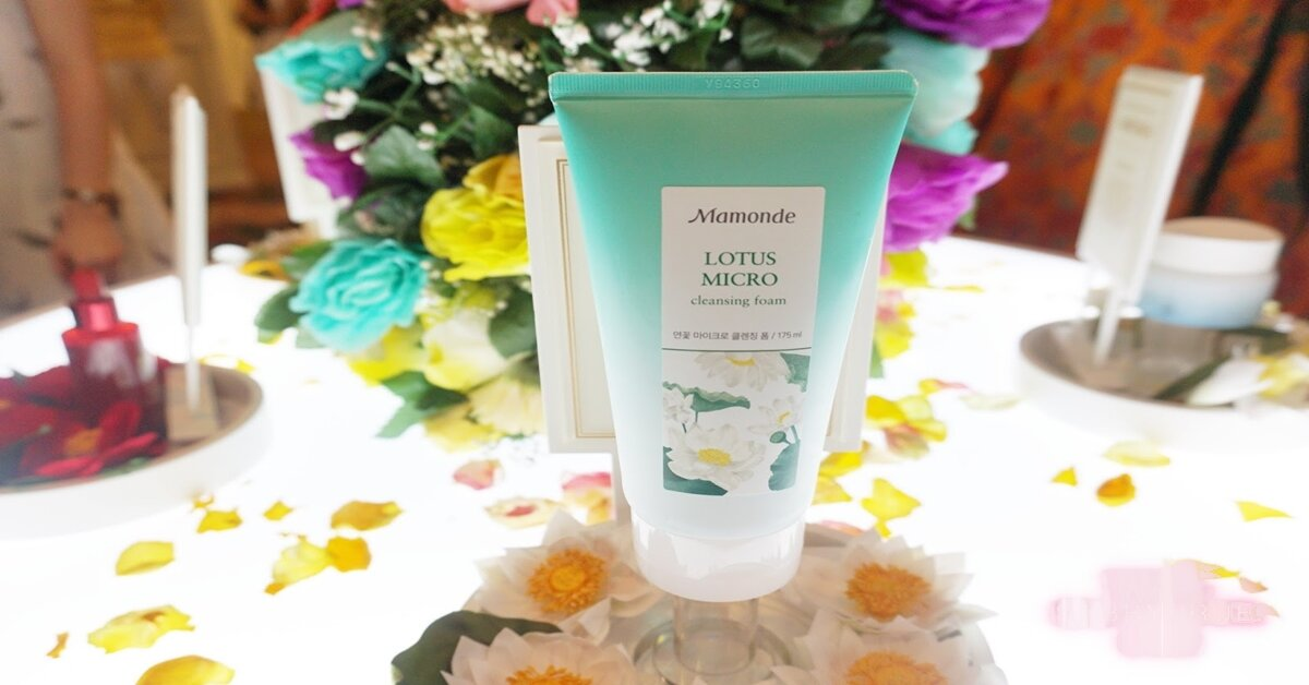 Review sữa rửa mặt Mamonde Lotus Micro Cleansing Foam