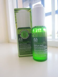 Review toner The Body Shop Nutriganics Drops of Youth