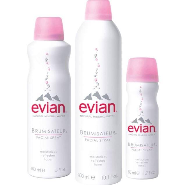 Review xịt khoáng thiên nhiên Evian Facial Spray