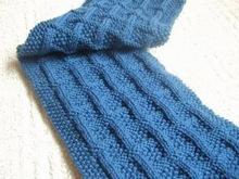 Cách đan khăn len hình ô vuông tặng bố