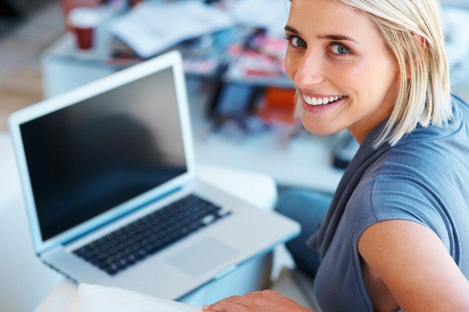 Cấu hình và độ bền là 2 tiêu chí không thể bỏ qua khi chọn mua laptop tốt
