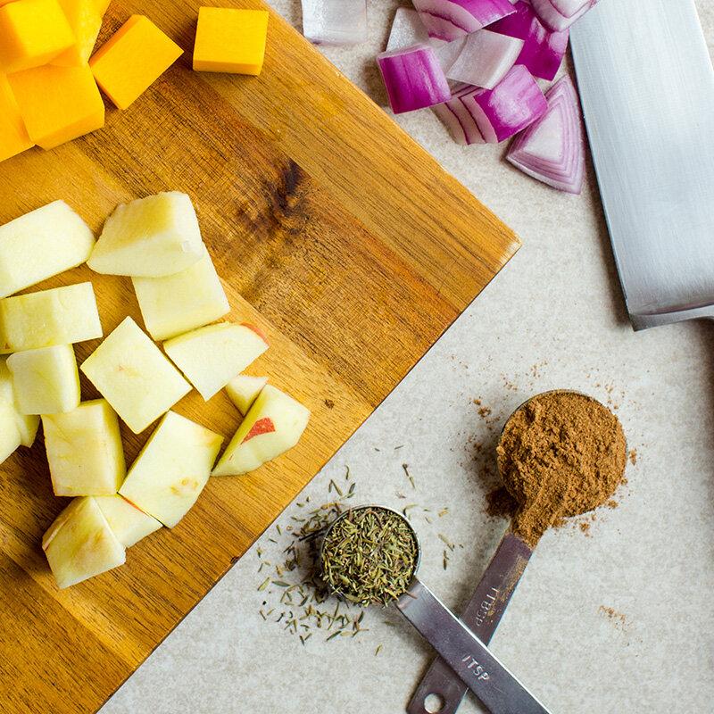 Kinh giới vừa là vị thuốc lại vừa là gia vị rất tốt dùng được cho nhiều món ăn ngon