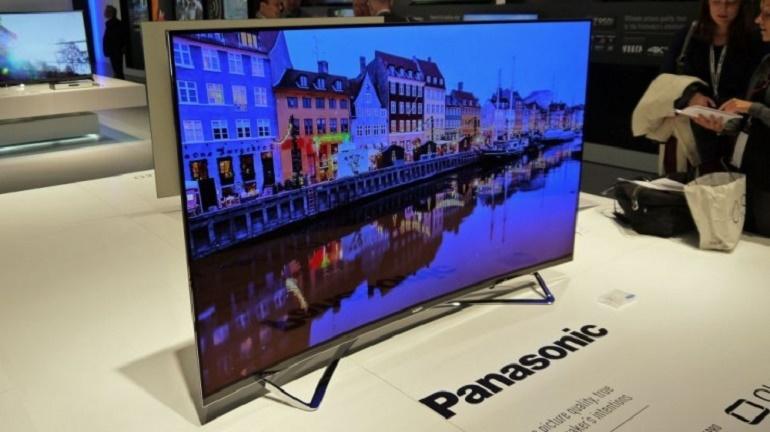 Giá tivi OLED Panasonic