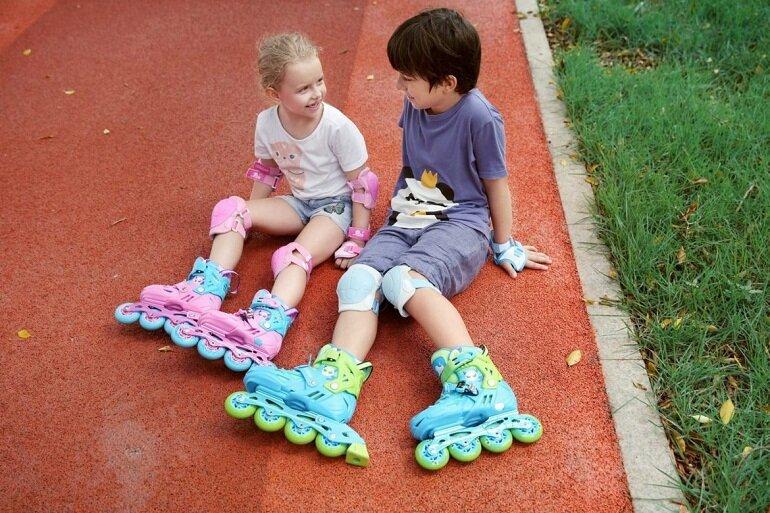 Bố mẹ nên mua giày trượt patin cho bé của các thương hiệu uy tín và nổi tiếng