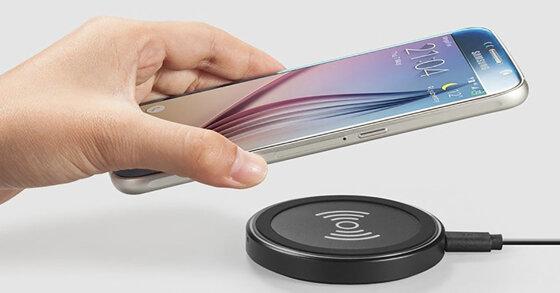 Sạc không dây điện thoại - Phụ kiện thay thế hoàn hảo cho cục sạc thường