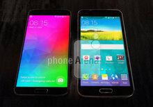 Samsung Galaxy S5 Prime xuất hiện tại Hà Lan với  màn hình full HD