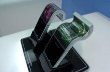 Samsung sẽ giới thiệu màn hình smartphone có khả năng gập lại vào năm 2015