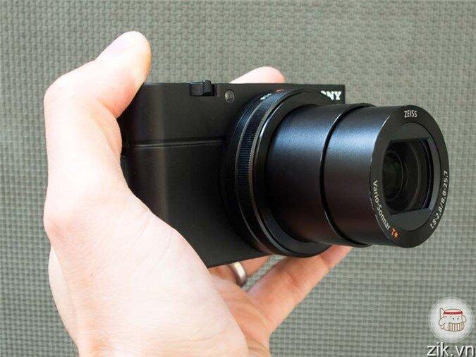 Panasonic Lumix DMC-LF1 được bán với mức giá khá hấp dẫn và phù hợp, 7.420.000 đồng