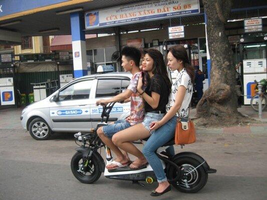 Sẽ xử phạt xe máy điện không có biển số từ ngày 1/7/2016