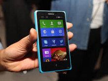 Smartphone giá rẻ chơi Tết: Chọn Vega Sky A850 hay Nokia X?
