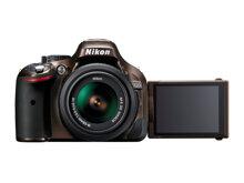 So sánh Canon Rebel T5i vs Nikon D5200 – Mua máy nào đáng tiền hơn?