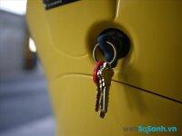 So sánh chìa khóa thông minh Honda và khóa từ xe máy Piaggio