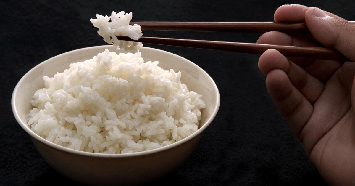 So sánh cơm thường và cơm nấu bằng nồi cơm điện tách đường