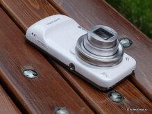 So sánh điện thoại di động Sony Xperia Z Ultra và Samsung Galaxy S4 Zoom