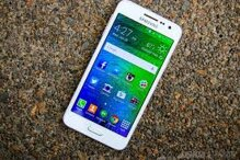 So sánh điện thoại di động Sony Xperia Z Ultra C6833 và Samsung Galaxy A3