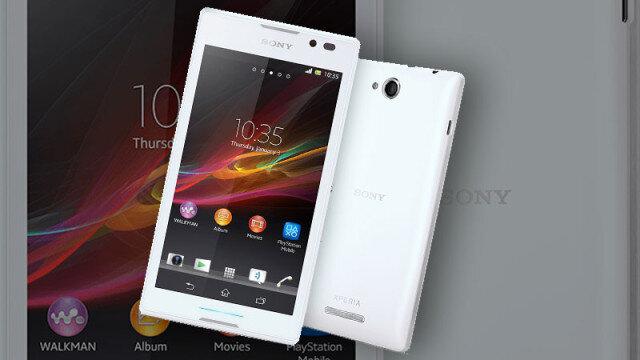 So sánh điện thoại di động Samsung Galaxy A3 và Sony Xperia C