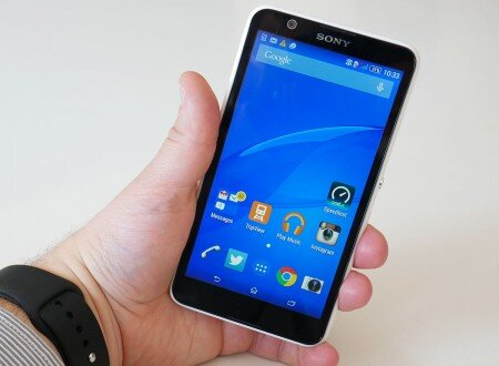 So sánh điện thoại di động Lumia 720 và Sony Xperia E4