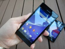 So sánh điện thoại di động Sony Xperia SL LT26ii và HTC Desire 510