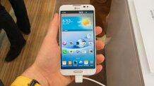 So sánh điện thoại di động Sony Xperia C3 Dual và LG Optimus G Pro E985